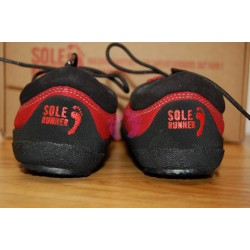Sole Runner PAN Red/Black pohled na paty