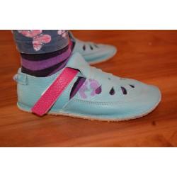 Baby Bare Shoes Flower Top Stitch obuté na noze